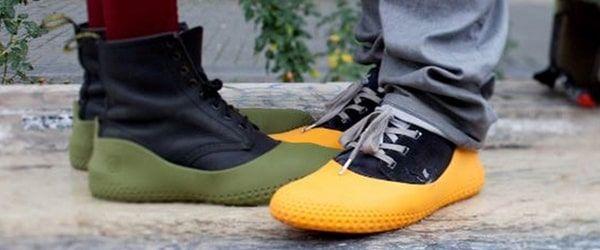 Sur chaussure pluie en ville